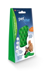 pet+me – Pet Grooming Brush, currycomb, cats with thick, short or long coats, dogs with soft undercoat, green